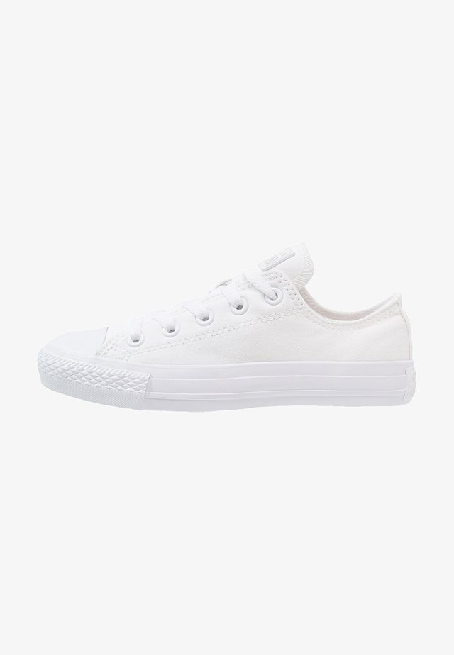 CHUCK TAYLOR ALL STAR OX - Zapatillas - white