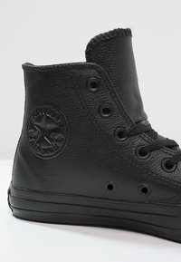 Converse - CHUCK TAYLOR ALL STAR - Korkeavartiset tennarit - black - 5