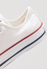 Converse - CHUCK TAYLOR ALL STAR - Sneaker low - white - 5