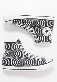 Converse - CHUCK TAYLOR ALL STAR MOONSHOT - High-top trainers - black/white