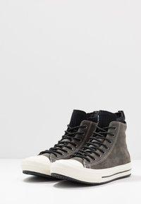 Converse - CHUCK TAYLOR ALL STAR WP BOOT - Høye joggesko - carbon grey/black/egret - 2