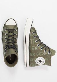 Converse - CHUCK TAYLOR ALL STAR GORE-TEX® - Baskets montantes - field surplus/egret/black - 1