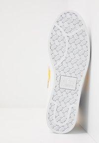Converse - PRO LEATHER - Sneaker high - white/amarillo - 4