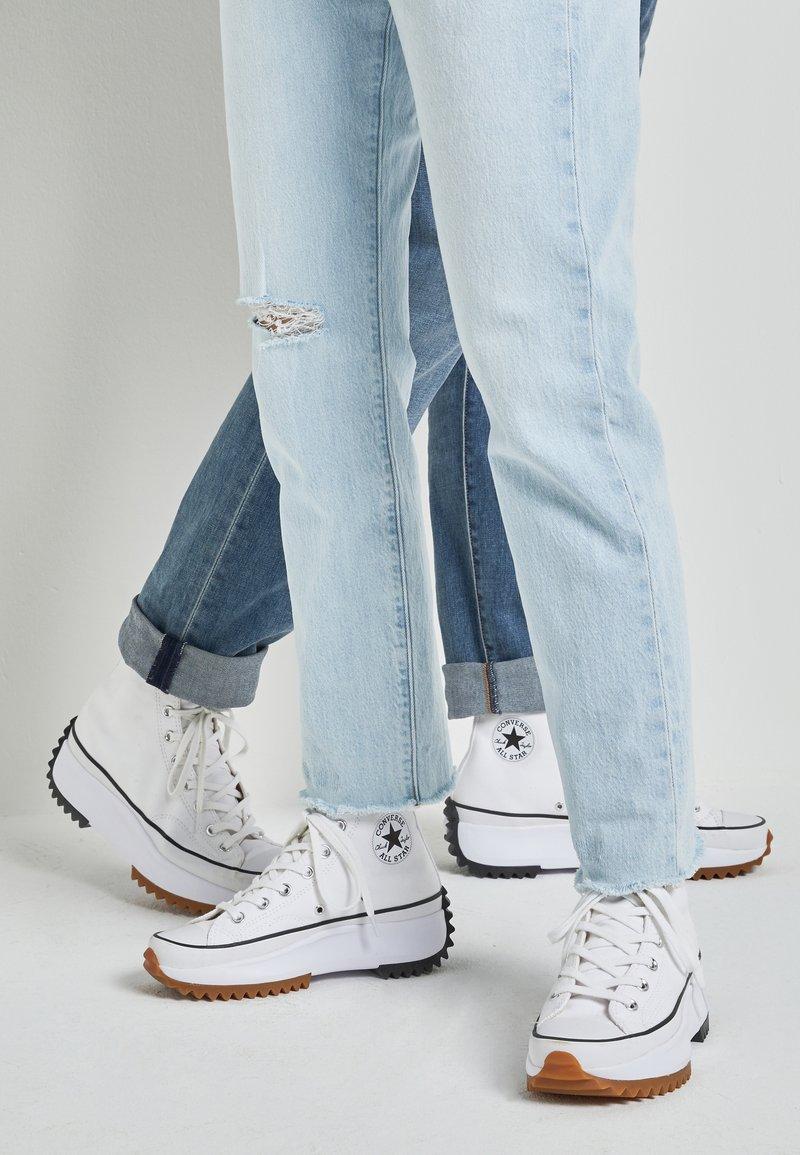Converse - RUN STAR HIKE - High-top trainers - white/black