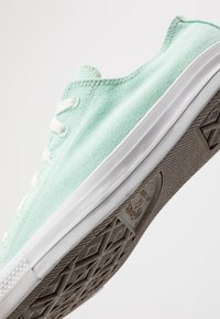 Converse - CHUCK TAYLOR ALL STAR RENEW  - Sneakers laag - ocean mint/natural/white - 5