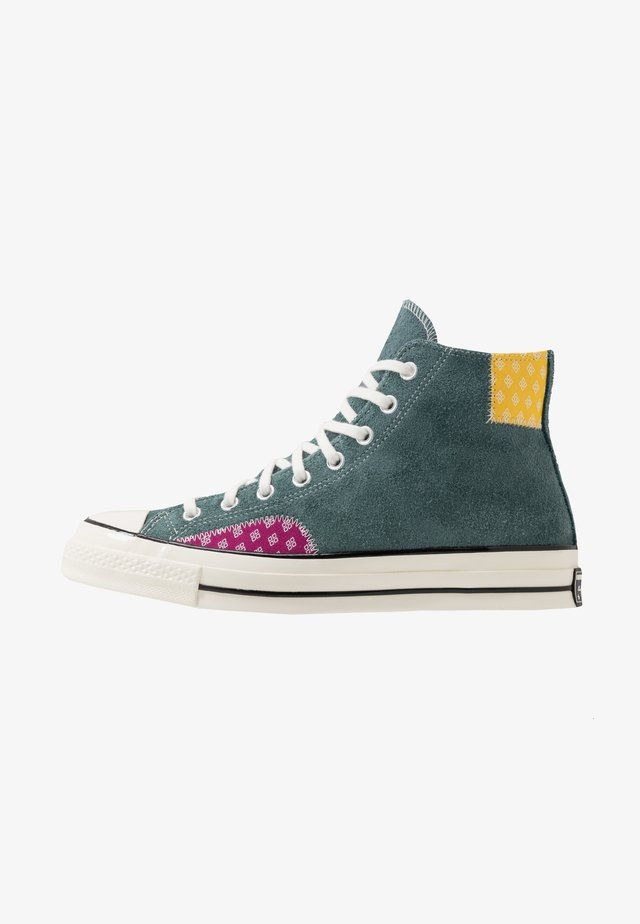 CHUCK TAYLOR ALL STAR 70  - Høye joggesko - faded spruce/amarillo/rose maroon