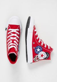 Converse - CHUCK TAYLOR ALL STAR - Korkeavartiset tennarit - university red/black/rush blue - 4