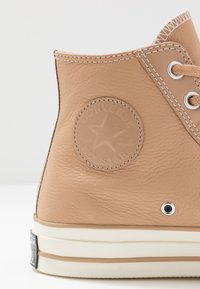 Converse - CHUCK TAYLOR ALL STAR 70 - Høye joggesko - champagne tan - 5