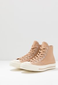 Converse - CHUCK TAYLOR ALL STAR 70 - Høye joggesko - champagne tan - 2