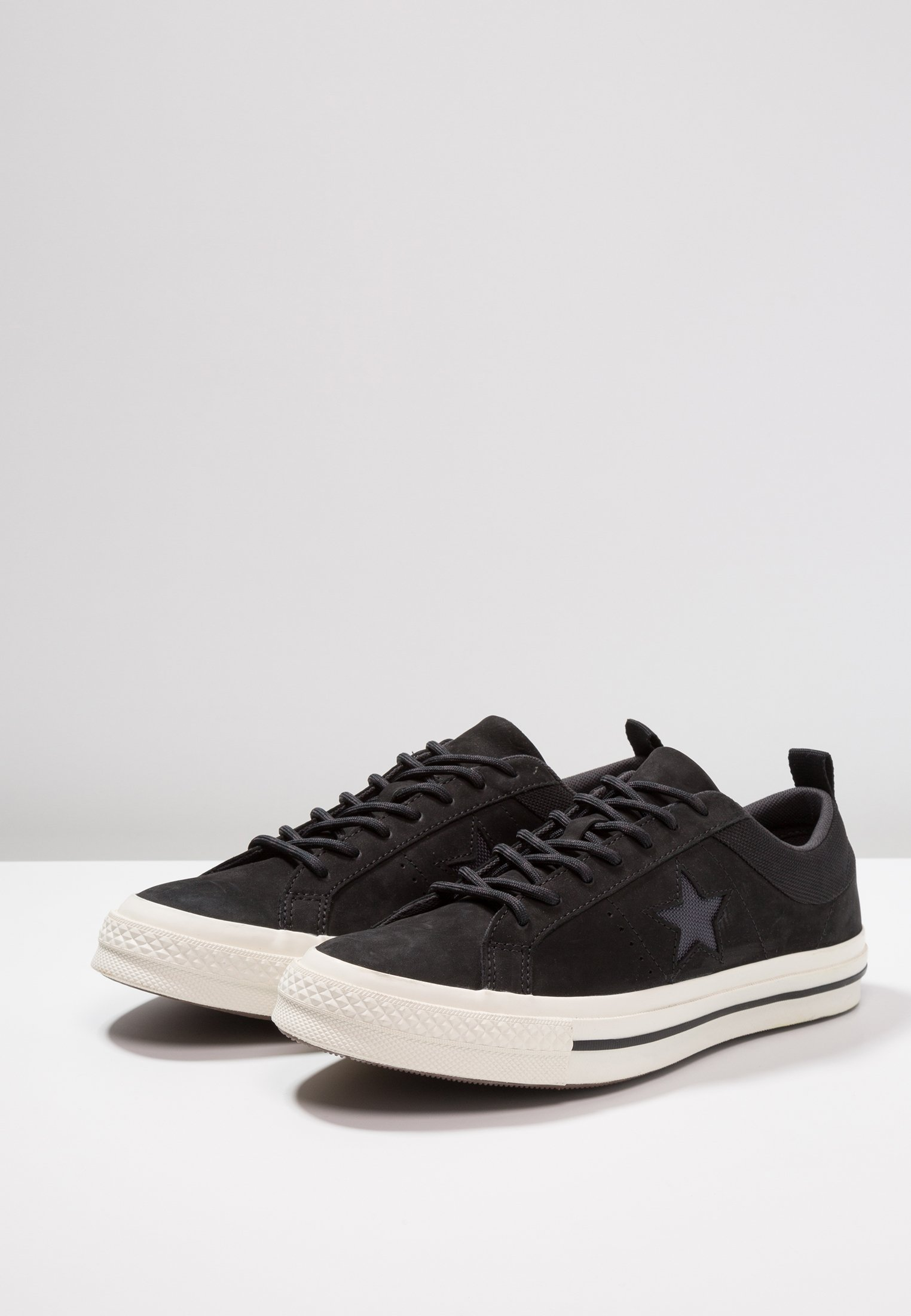 StarBaskets almost Converse One Basses Black Black wN0yvnP8Om