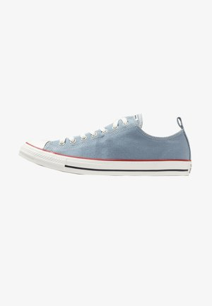 CHUCK TAYLOR ALL STAR OX - Trainers - wash denim/vintage white