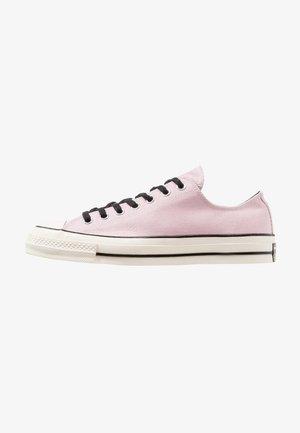 CHUCK TAYLOR ALL STAR 70 OX - Sneakersy niskie - plum chalk/black/egret