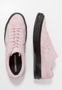 Converse - ONE STAR - Tenisky - plum chalk/black - 1