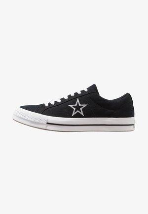 ONE STAR - Sneakersy niskie - black/white