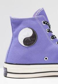 Converse - CHUCK TAYLOR ALL STAR 70 HI - Baskets montantes - wild lilac/black/egret - 9