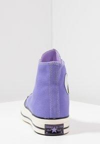 Converse - CHUCK TAYLOR ALL STAR 70 HI - Baskets montantes - wild lilac/black/egret - 4