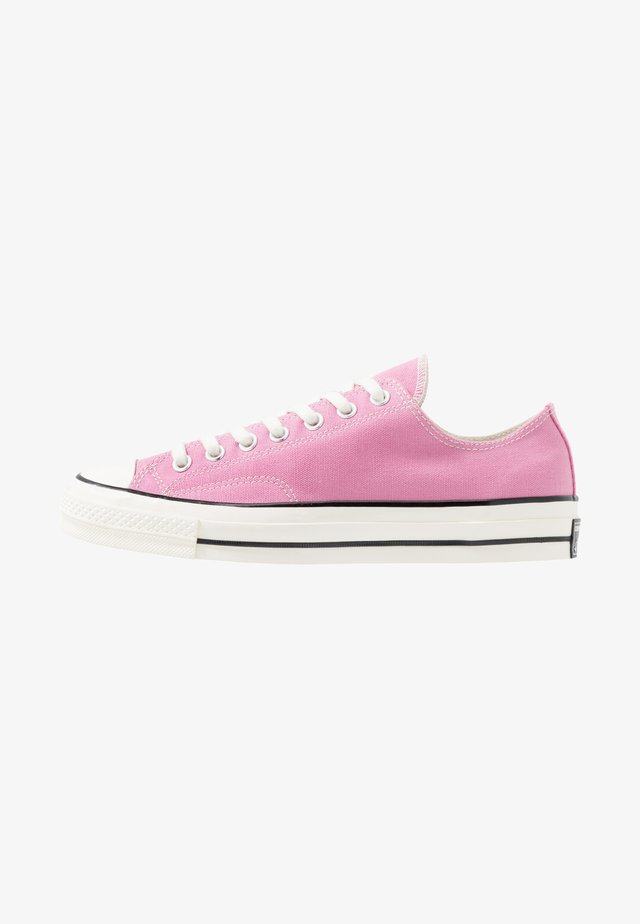 CHUCK TAYLOR ALL STAR 70 OX ALWAYS ON - Sneakersy niskie - magic flamingo/egret/black