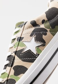 Converse - ONE STAR - Trainers - candied ginger/piquant green/chive - 5
