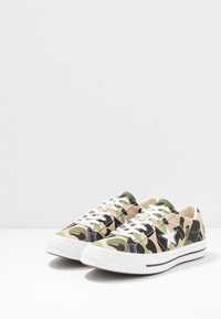 Converse - ONE STAR - Trainers - candied ginger/piquant green/chive - 2
