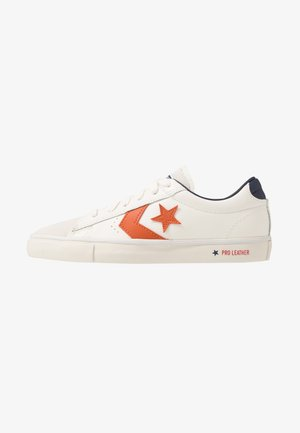 PRO LEATHER - Sneakers basse - white/venetian rust/driftwood
