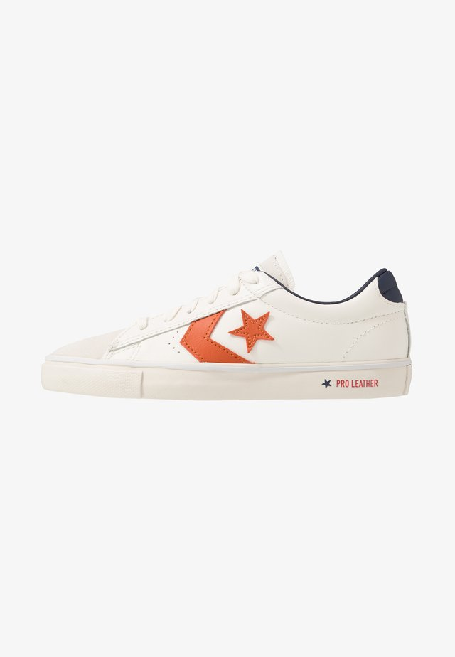 PRO LEATHER - Trainers - white/venetian rust/driftwood