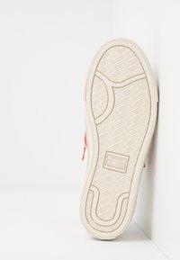 Converse - PRO LEATHER - Tenisky - white/venetian rust/driftwood - 4