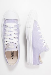 Converse - CHUCK TAYLOR ALL STAR RENEW - Tenisky - moonstone violet/natural/white - 1