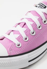 Converse - CHUCK TAYLOR ALL STAR - Sneakers laag - peony pink - 5