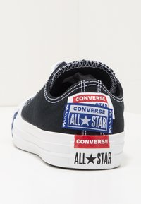 Converse - CHUCK TAYLOR ALL STAR OX - Sneakers - black/rush blue/university red - 7