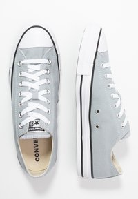 Converse - CHUCK TAYLOR ALL STAR - Sneakersy niskie - wolf grey - 1