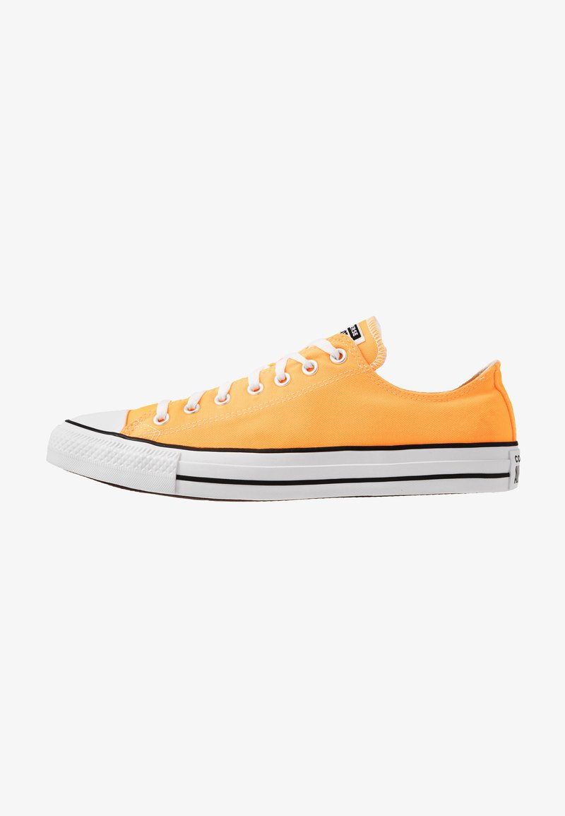Converse - CHUCK TAYLOR ALL STAR  - Sneakersy niskie - laser orange