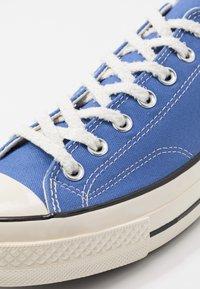 Converse - CHUCK TAYLOR ALL STAR 70 - Tenisky - ozone blue/egret/black - 6