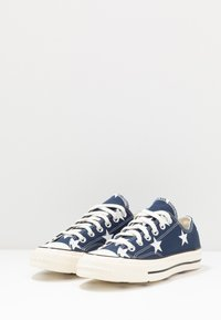 Converse - CHUCK TAYLOR ALL STAR - Trainers - navy/white/egret - 2