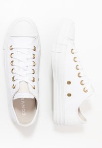 Converse - CHUCK TAYLOR ALL STAR - Sneakersy niskie - white/pale putty - 1