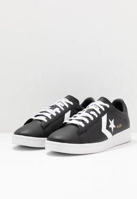 Converse - PRO LEATHER - Sneakersy niskie - black/white - 2