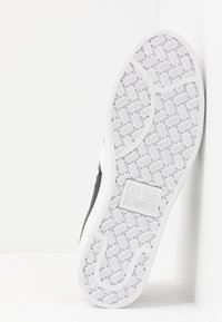 Converse - PRO LEATHER - Sneakersy niskie - black/white - 4