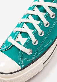 Converse - CHUCK TAYLOR ALL STAR 70 - Sneakers - malachite/black/egret - 5