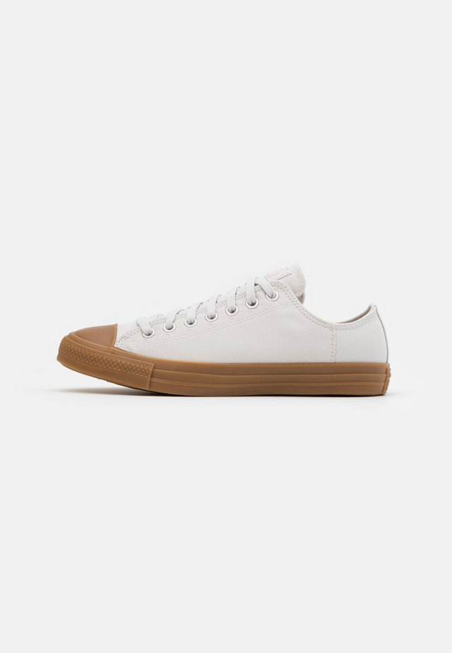 CHUCK TAYLOR ALL STAR - Zapatillas - pale putty/honey