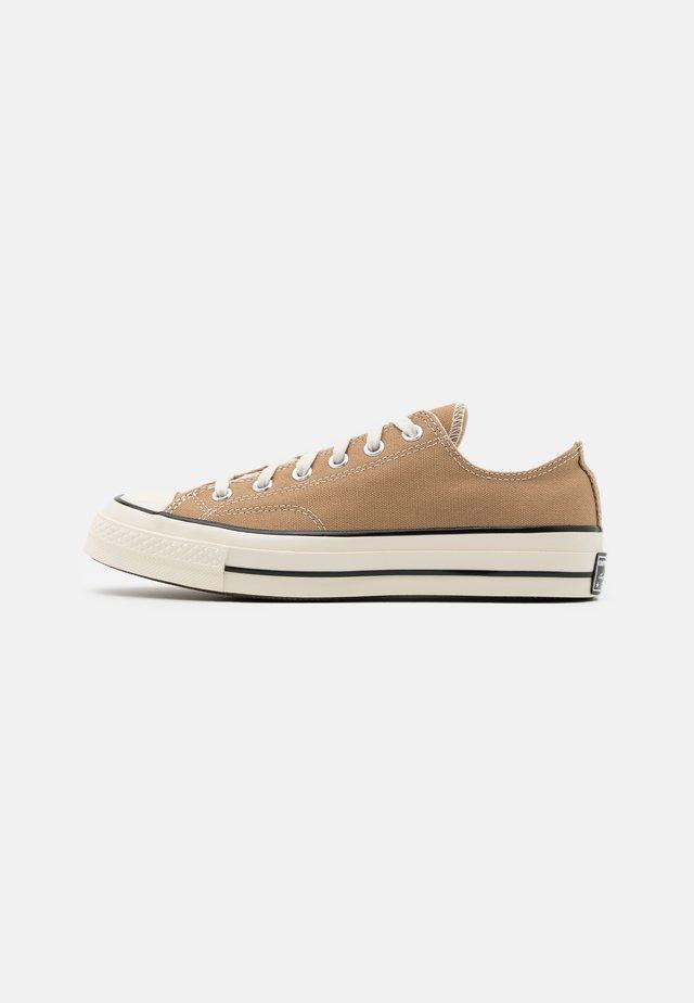 CHUCK TAYLOR ALL STAR 70 UNISEX - Sneakers - khaki/egret/black