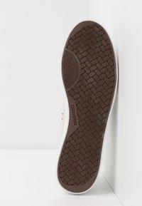 Converse - NET STAR CLASSIC - Zapatillas - white/black/egret - 4