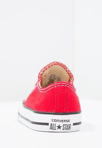 Converse - CHUCK TAYLOR ALL STAR CORE - Sneakersy niskie - red - 3