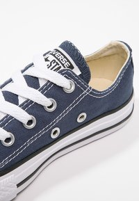 Converse - CHUCK TAYLOR ALL STAR CORE - Sneakersy niskie - blau - 5