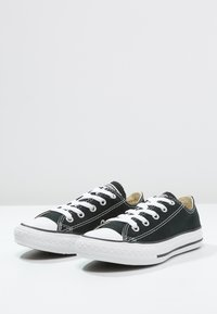 Converse - CHUCK TAYLOR ALL STAR - Sneakers laag - black - 2