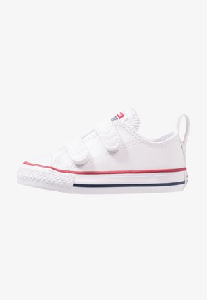 CHUCK TAYLOR ALL STAR 2V - Sneakersy niskie - white