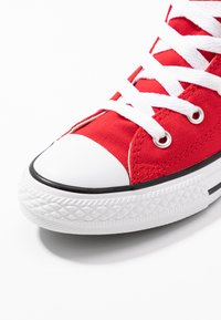 Converse - CHUCK TAYLOR ALL STAR OVERSIZED LOGO - Vysoké tenisky - enamel red/white/black - 2