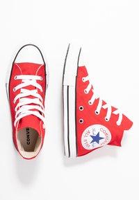Converse - CHUCK TAYLOR ALL STAR OVERSIZED LOGO - Vysoké tenisky - enamel red/white/black - 0