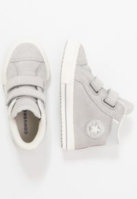 Converse - CHUCK TAYLOR ALL STAR - Sneaker high - ash grey/pure silver/egret - 0