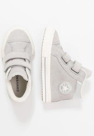 CHUCK TAYLOR ALL STAR - Sneaker high - ash grey/pure silver/egret
