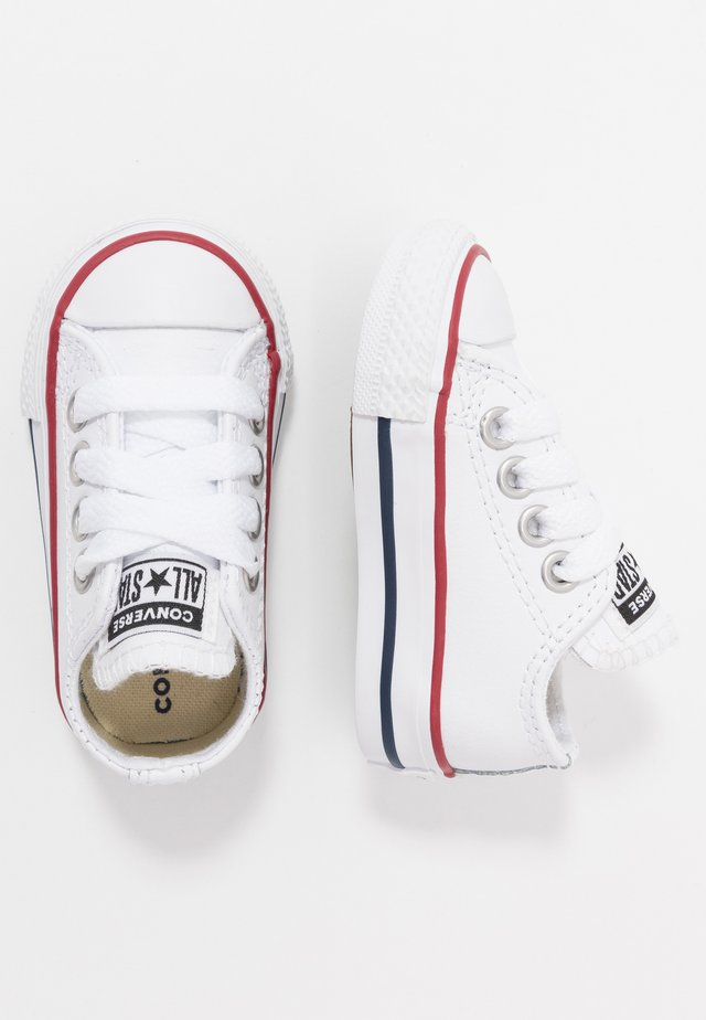 CHUCK TAYLOR ALL STAR - Sneakers laag - white/garnet/navy
