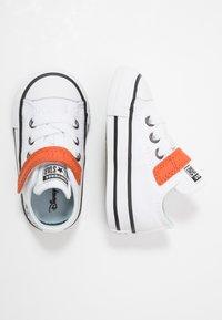 Converse - CHUCK TAYLOR ALL STAR FROZEN - Zapatillas - white/illusion blue/campfire orange - 1